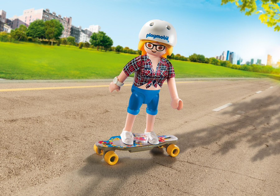 9338 PLAYMO-FRIENDS - RAGAZZA CON LONGBOARD